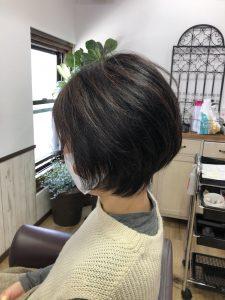 阿南市 羽ノ浦 美容室 アーティ くせ毛 お手入れが簡単 ショートボブ 30代スタイル くせ毛