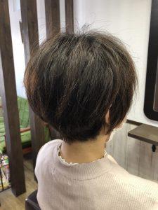 阿南市 羽ノ浦 美容室 アーティ くせ毛 ショート 30代スタイル